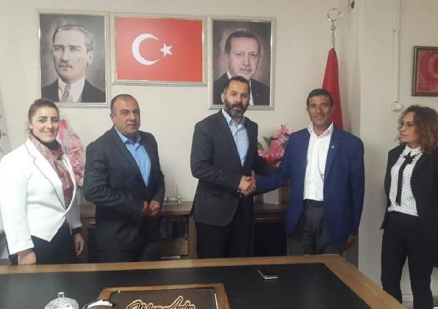 DSP'den seçilen belediye meclis üyeleri AK Parti'ye geçti
