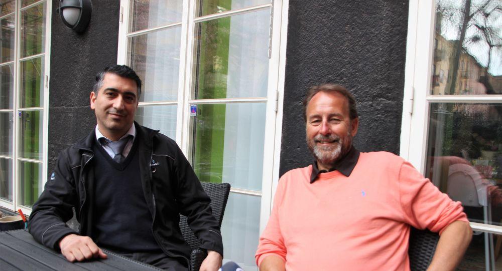 Kredi kartını müşterisine veren Türk taksici kahraman ilan edildi - Ömer Temel