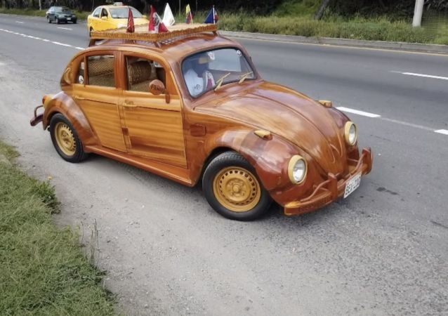 Ahşap araba