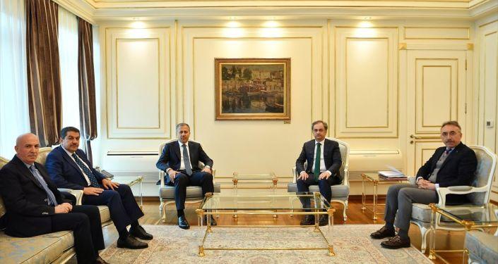 İçişleri Bakanlığı tarafından İstanbul Büyükşehir Belediye (İBB) Başkan Vekili olarak görevlendirilen İstanbul Valisi Ali Yerlikaya, görevine başladı.