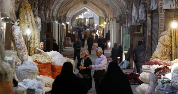 İran'daki Tebriz Çarşısı