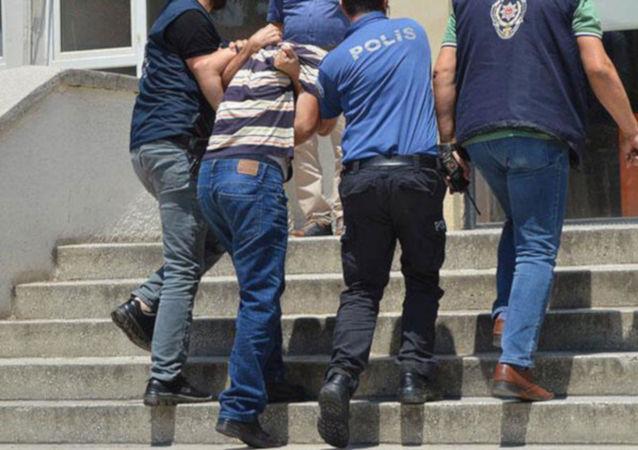 14 yaşındaki kızını hamile bırakan baba tutuklandı