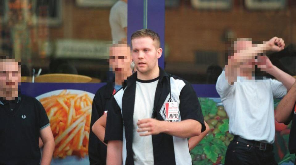 Kassel Bölge Valisi Walter Lübcke cinayetinin zanlısı Stephen E. 20'li yaşlarında NPD eyleminde