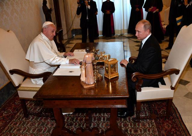 Papa Francis- Vladimir Putin