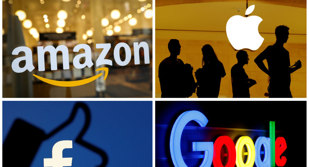 FILE PHOTO: The logos of Amazon, Apple, Facebook and Google are seen in a combination photo from Reuters files.    REUTERS/File Photos/File Photo