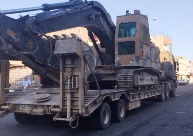 Suriye sınırına askeri iş makinesi sevkiyatı devam ediyor