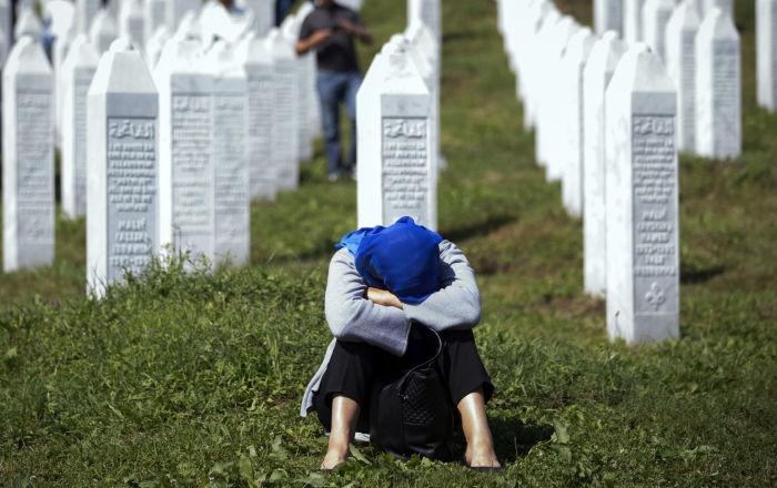Hollanda, Srebrenitsa katliamında kısmen suçlu sayıldı, sorumluluk payı düşürüldü
