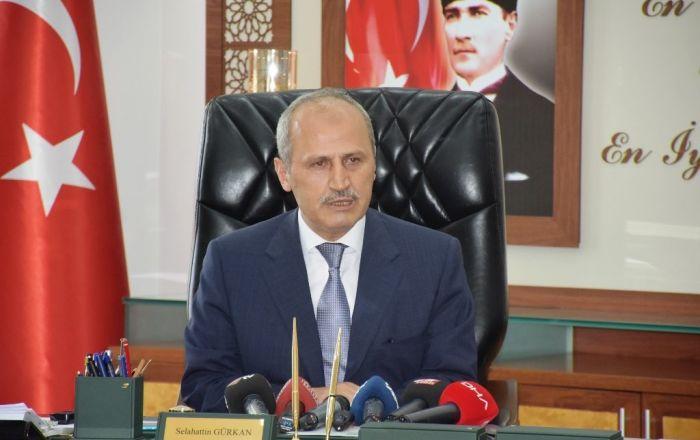 Ulaştırma ve Altyapı Bakanı Turhan: Fatih Sultan Köprüsü, bayramda hizmette