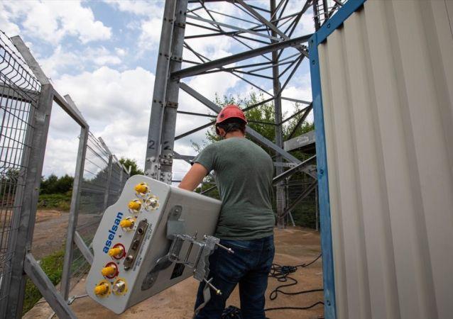 ASELSAN tarafından üretilen yerli ve milli 5G uyumlu 4,5G mobil iletişim antenleri Turkcell'in şebekelerinde hizmet sunmaya başladı.