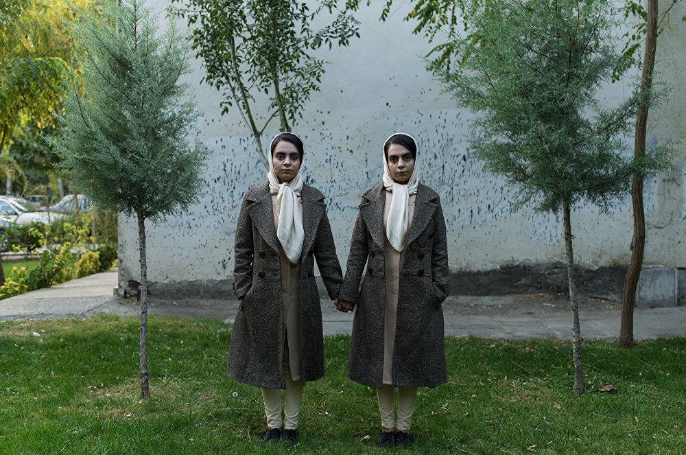 2018 yılında Uluslararası Andrey Stenin Fotoğrafçılık Ödülleri yarışmasının kazananı olan İranlı Shiva Khademi'nin 'Zamanımızın Kahramanları' adlı fotoğraf serisinden bir kare