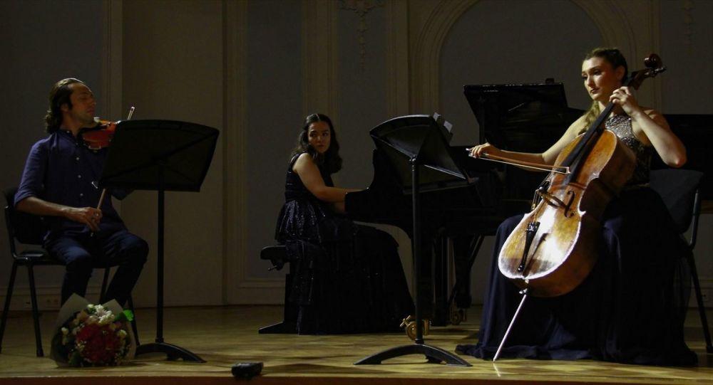 Rusya'nın başkenti Moskova'da, 13. 'Dostları Topluyoruz' Uluslararası Müzik Festivali