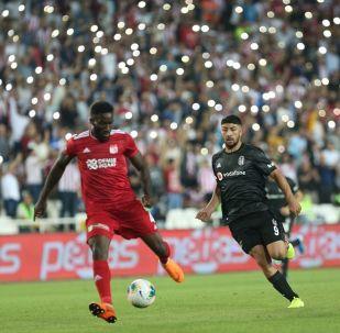Süper Lig'de Demir Grup Sivasspor, Beşiktaş ile Yeni 4 Eylül Stadyumu'nda karşılaştı.
