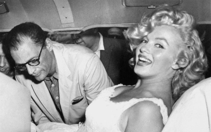 Marilyn Monroe'nun morgda çekilmiş çıplak fotoğrafları olduğu ortaya çıktı
