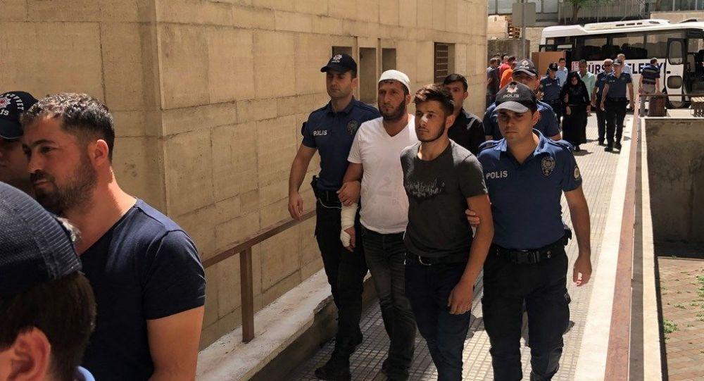 Bursa'da beşik kertmesi kavgası