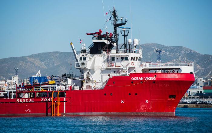 İtalya'dan 182 sığınmacıyı kurtaran Ocean Viking gemisine güvenli liman izni