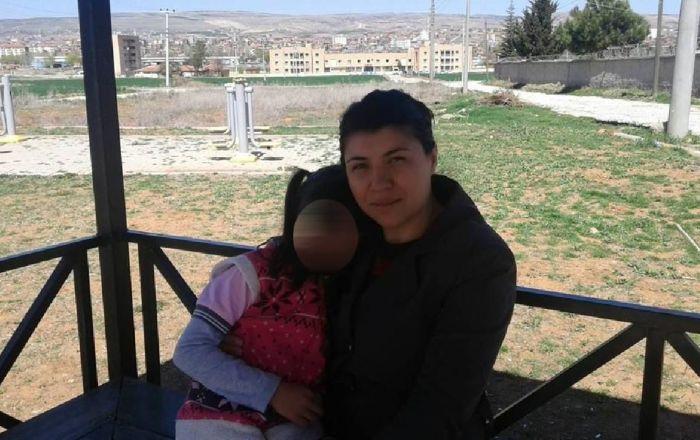 Eski eşi tarafından öldürülen Emine Bulut'un kardeşi: Ne ceza alırsa alsın , 3 - 5 sene sonra çıkar