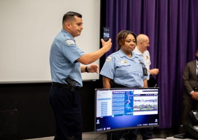 Chicago Polis Departmanı'na  Samsung'un akıllı telefonları dağıtıldı