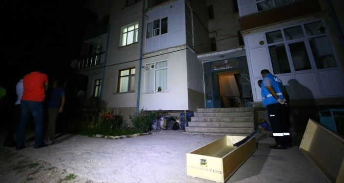 Konya'da tartıştığı kocasını keserle öldürdüğü iddia edilen kadın, gözaltına alındı.