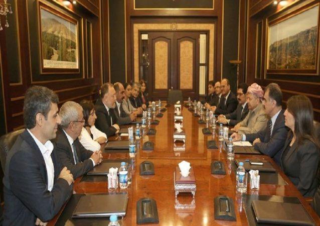 HDP heyetiyle görüşen Barzani