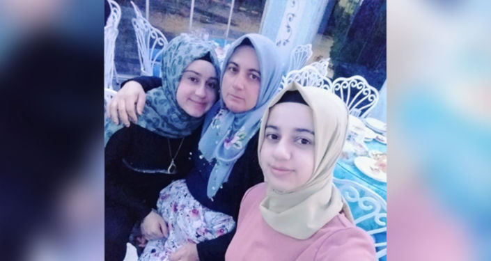 İki kız kardeş, eşlerine not bırakıp ortadan kayboldu: 'Benimle ilgilenmedin kahvelere gittin'