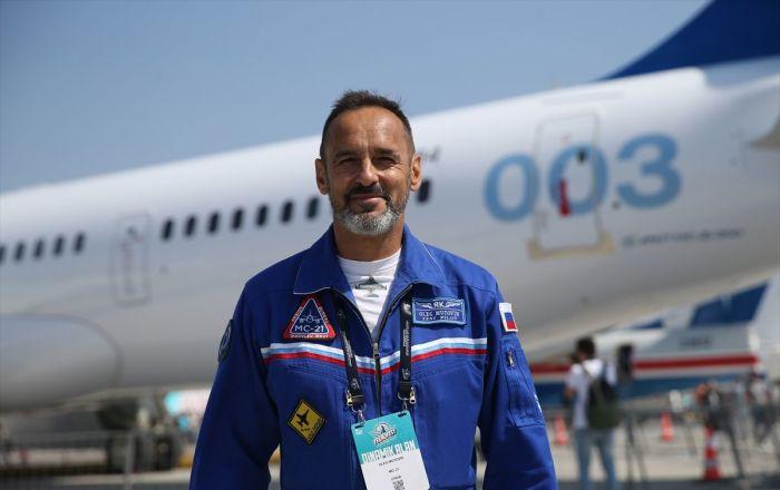 İlk uluslararası uçuşunu yapan Rus uçağı TEKNOFEST'te: 'Bir ülke için kendi uçağını üretmek çok önemli'