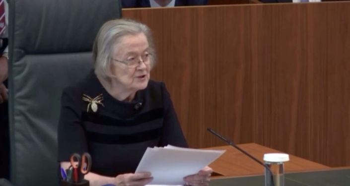 Anayasa Mahkemesi Başkanı Barones Brenda Hale