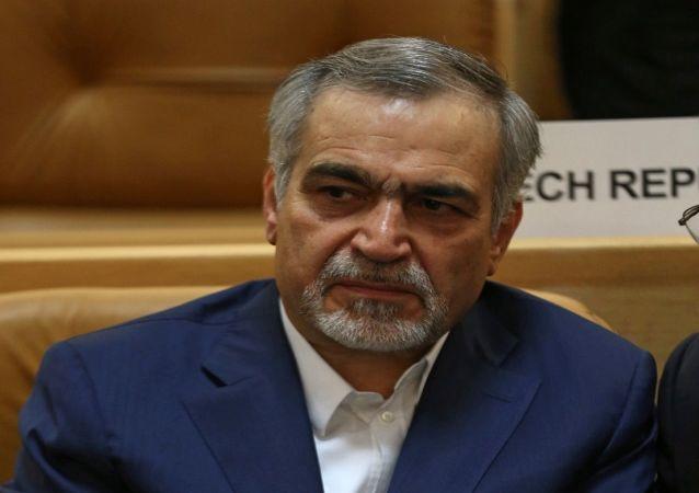 İran Cumhurbaşkanı Hasan Ruhani'nin bir dönem danışmanlığını yapan kardeşi Hüseyin Feridun