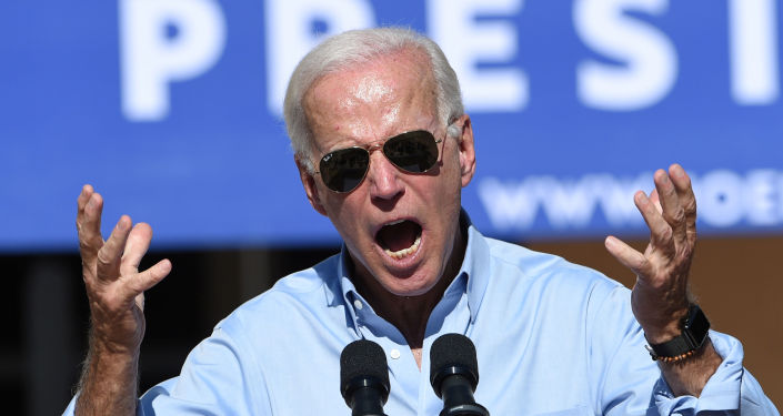 Democratic U.S. presidential candidate and former Vice President Joe Biden campaigns at a community event in Las Vegas, Nevada, U.S., September 27, 2019.  REUTERS/David Becker