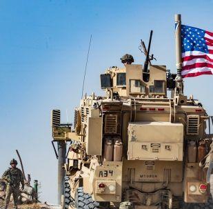 Suriye'deki ABD askerler