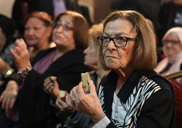 İBB'den yaşlılara özel ekmek 'Altın bahar'