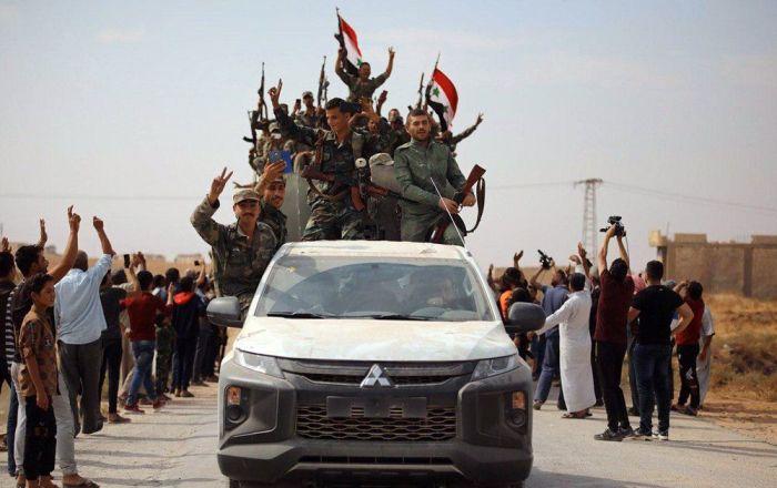 'Türkiye'nin başlattığı operasyon Kürtleri Suriye'yle işbirliğine zorladı'