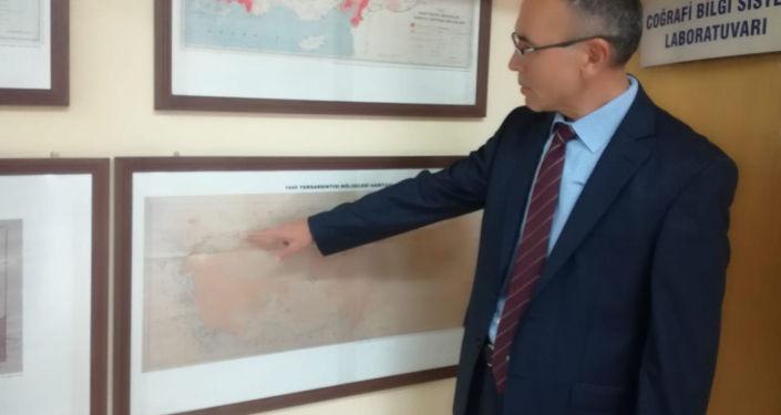 Gazi Üniversitesi Deprem Mühendisliği Uygulama ve Araştırma Merkezi'nden Doç. Dr. Bülent Özmen