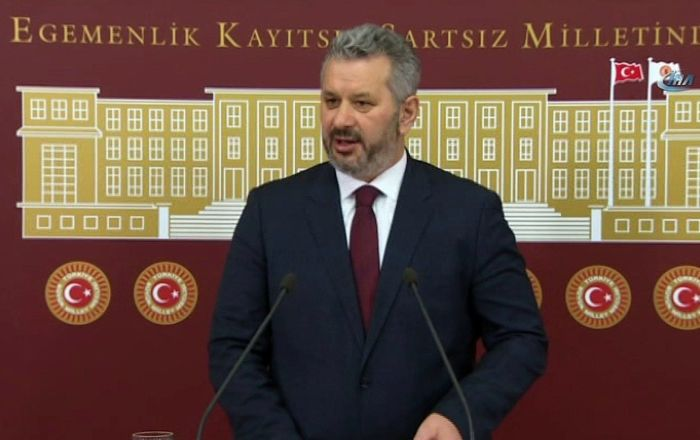 AK Partili Turan: Suriye'nin toprak bütünlüğüne ve siyasi birliğine saygılıyız, kimsenin tereddütü olmasın