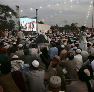 Pakistan'da muhalefet partileri, başlattıkları Azadi March'ın (Özgürlük Yürüyüşü) ardından yeni stratejilerini belirlemek üzere toplandı