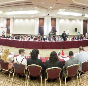 Antalya'da Rus-Türk Gençlik Forumu