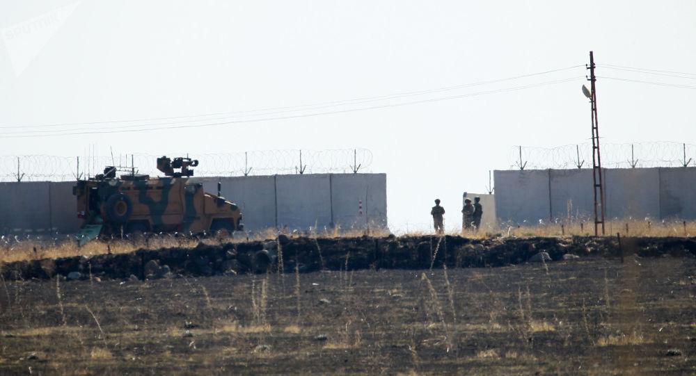 Rusya ve Türkiye'nin Suriye sınırındaki beşinci ortak devriyesi başladı