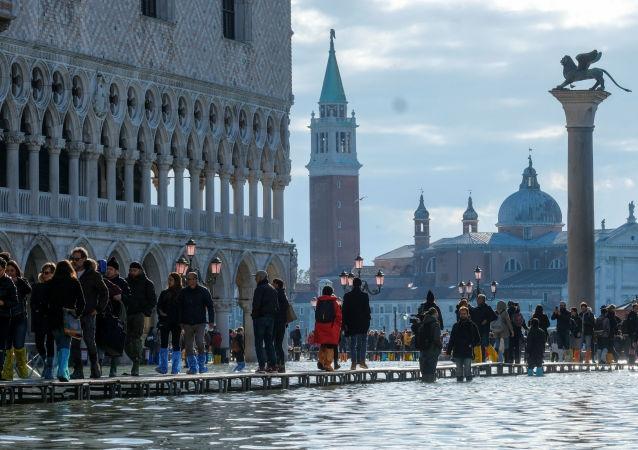 Venedik'te su baskını