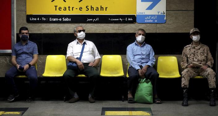 İran'da koronavirüs salgınının 4. dalgası: Kısıtlamalar geri geldi