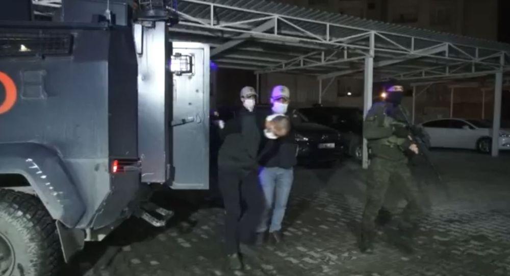 24 ayrı suçtan araması bulunan PKK üyesi M.S, Interpol tarafından Irak'ta yakalanarak Türkiye'ye getirildi