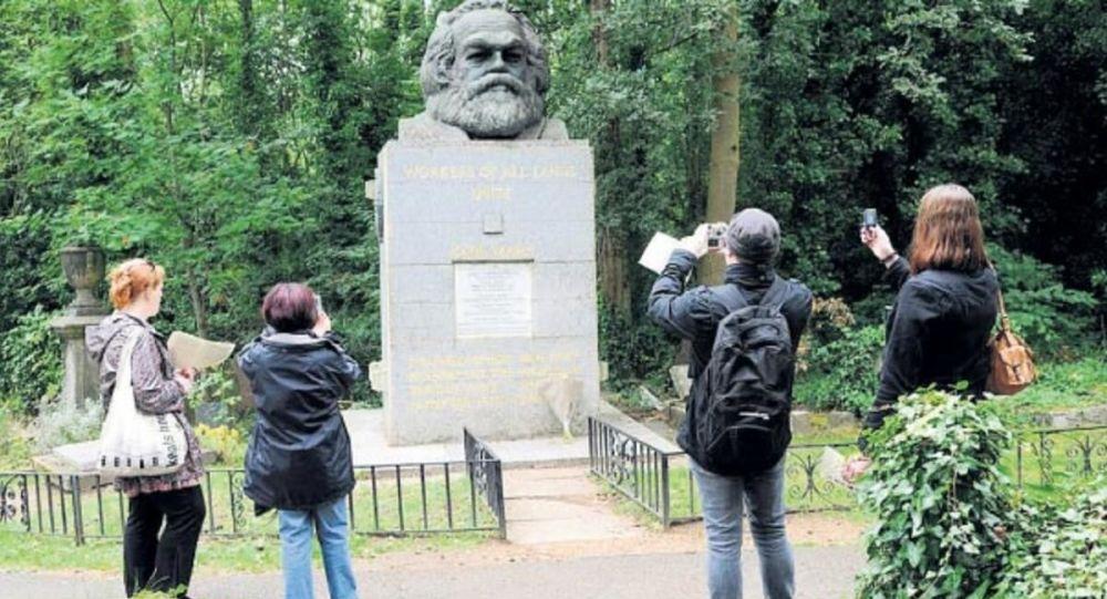 Marx'ın mezarı turizme açılıyor: Hediyelik eşya dükkanı, kafe ve sergi alanları kurulacak