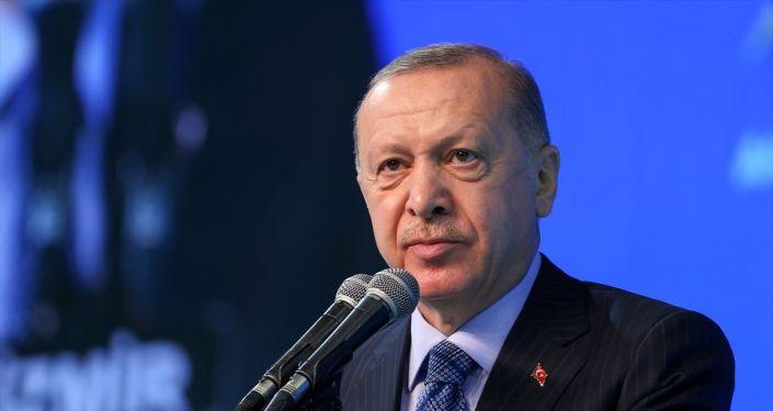 Erdoğan'dan Albayrak yorumu: 'Damat' sıfatı başarısının önüne geçti