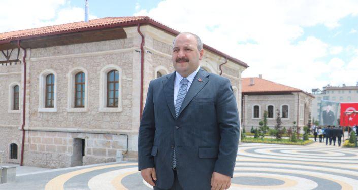 Bakan Varank'tan Prof. Dr. Görür'e: Çürümüş zihniyetin temsilcisi olan birisi