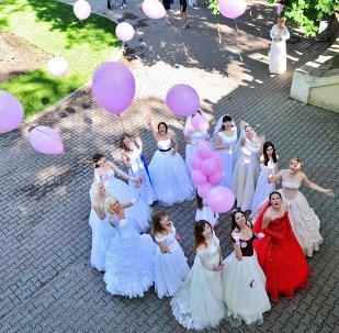 Rostov-na-Donu şehrinde evlenme flashmobu