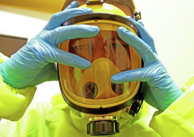 Ebola virüsü. Bilim adamı