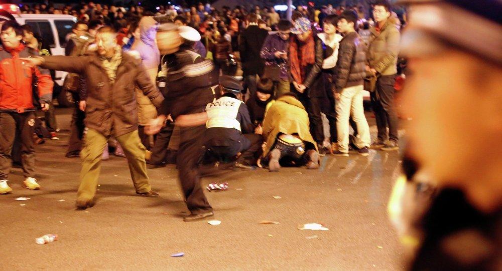Şanghay'da yeni yıl izdihamı