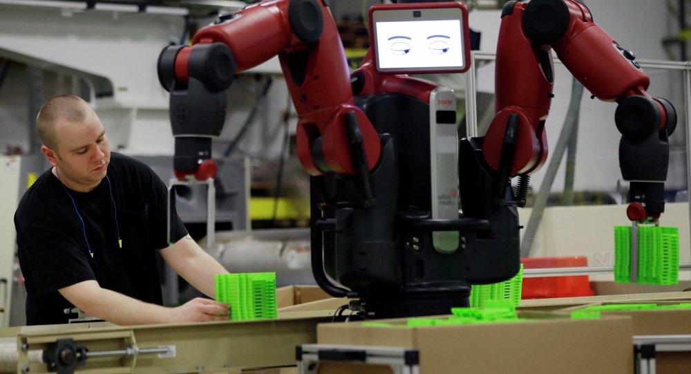 Yeni fabrikalarda robotlar  işçi olacak