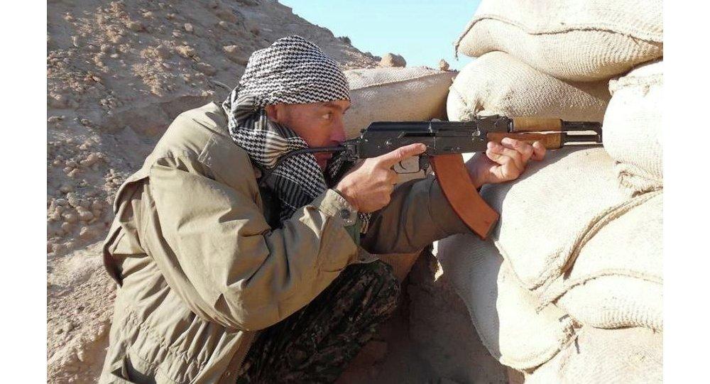 ABD'li Dean Parker YPG'ye katıldı