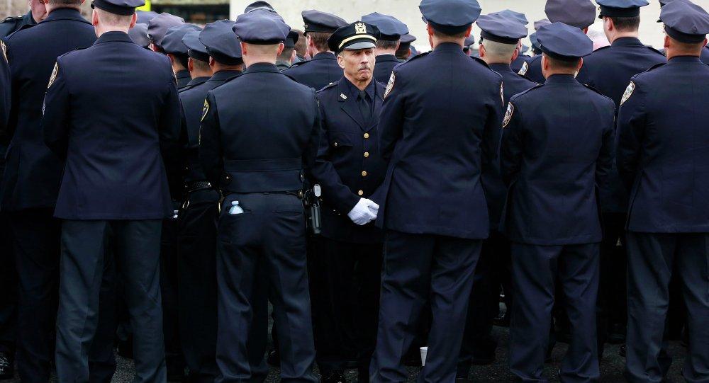 New York polisinden, Belediye Başkanı'na protesto