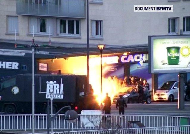 Fransa, Paris, Yahudi, Müslüman, baskın