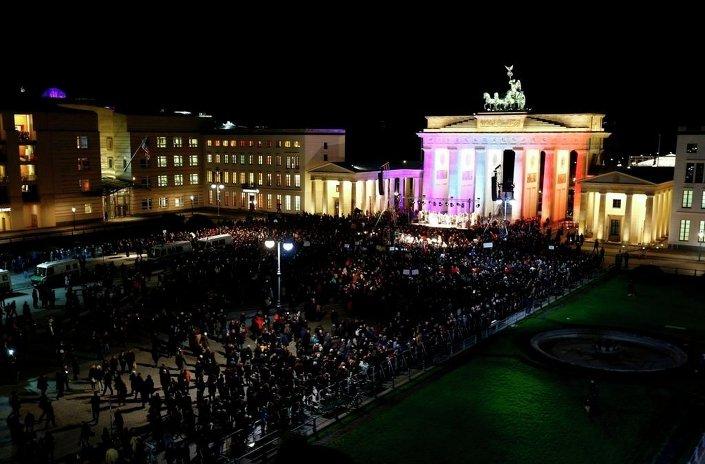 Alman polisine göre gösteriye katılanların sayısı 10 bini buldu